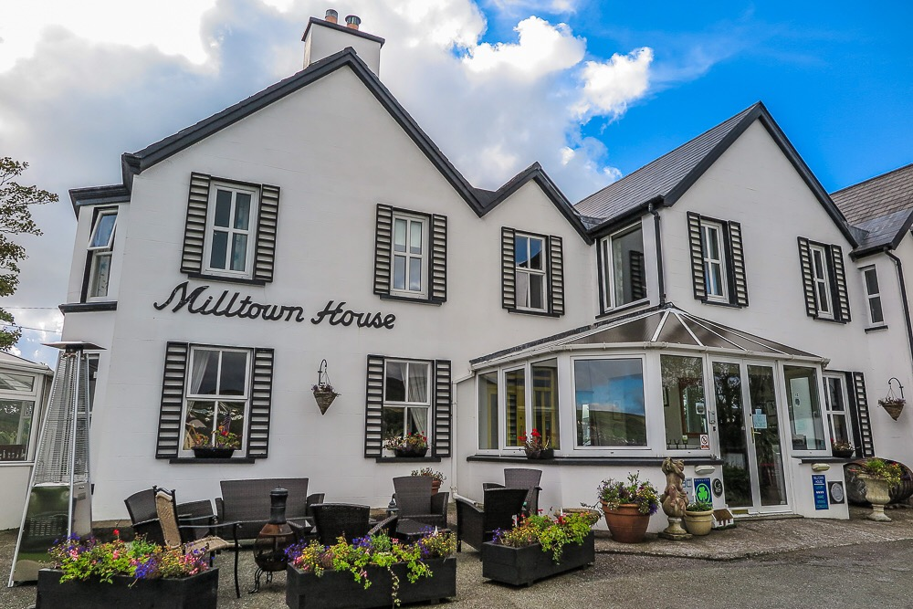 Milltown House, Dingle, luxury waterfront accommodation
