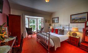 robert-mitchum-room-viewl-milltown_house_dingle_kerry_ireland