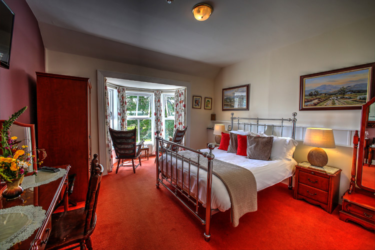 robert-mitchum-room-viewl-milltown_house_dingle_kerry_ireland