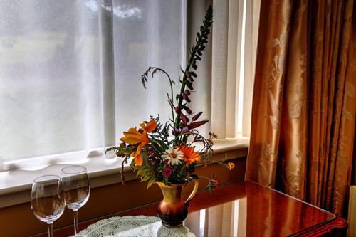 john-b-keane-room-detail-milltown_house_dingle_kerry_ireland