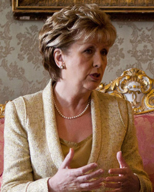 president-mary-mcaleese-milltown-house-dingle