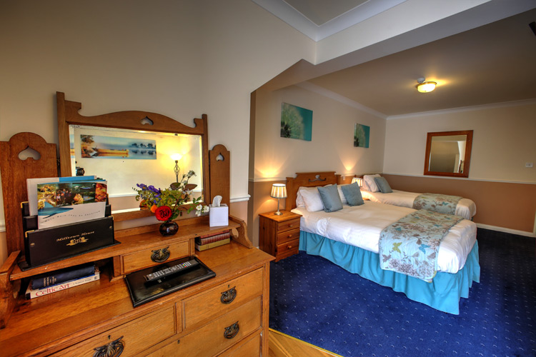 wb-yates-room-view--milltown_house_dingle_kerry_ireland